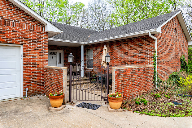 307 S WEST BLVD - 307 West Boulevard South, Columbia, MO 65203