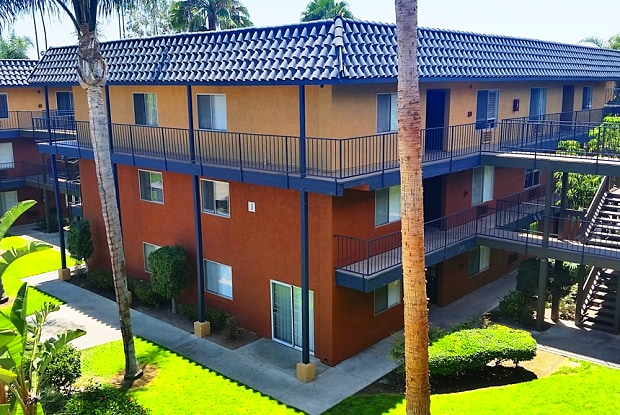 Coronado Palms - 1250 S Euclid St, Anaheim, CA 92804