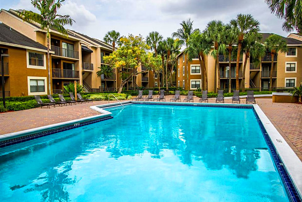 Hammocks Place Apartments - 15280 SW 104th St, The Hammocks, FL 33196