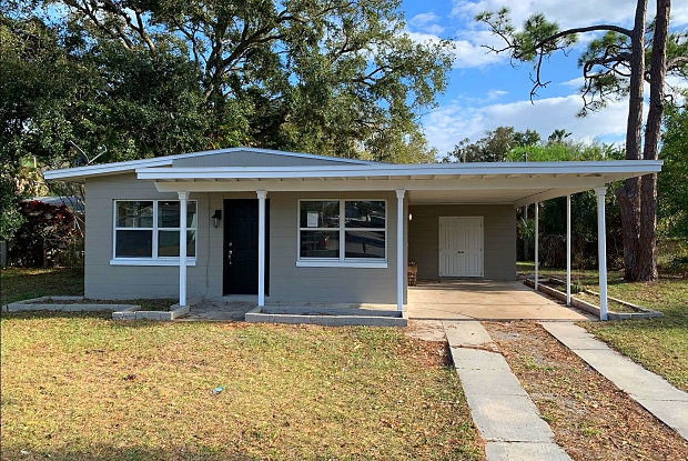 211 Garnet Avenue - 211 Garnet Avenue, Titusville, FL 32796