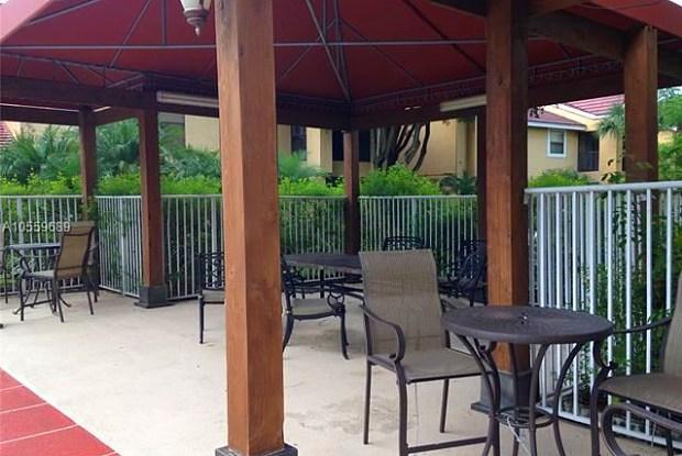 15581 SW 104th Ter #216 - 15581 Southwest 104th Terrace, The Hammocks, FL 33196