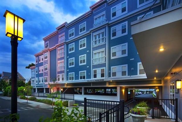 Wellington Parkside Apartments - 12 Valley St, Everett, MA 02149