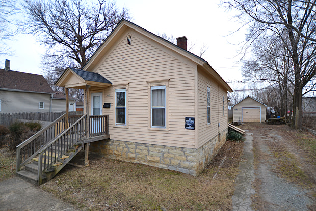 304 Rowell Ave. - 304 Rowell Avenue, Joliet, IL 60433