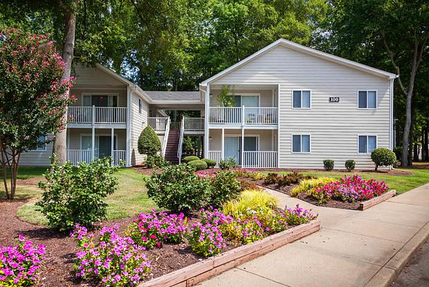 Four Seasons - 102 Indian Summer Drive, Yorktown, VA 23693
