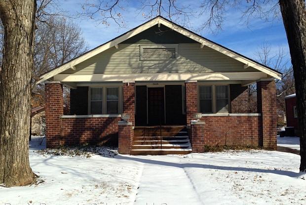 1005 S. Olive St - 1005 South Olive Street, Pittsburg, KS 66762