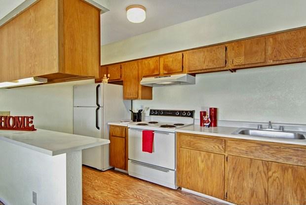 Alegria Apartments - 520 W Prince Rd, Tucson, AZ 85705