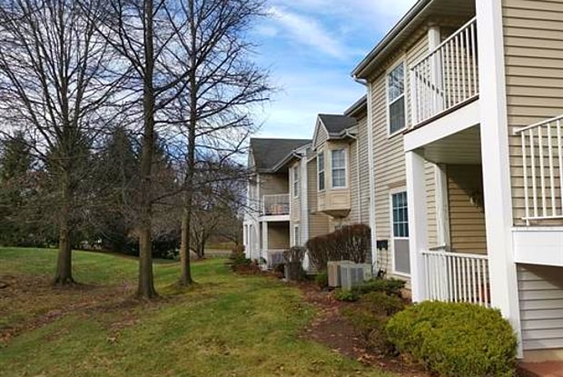 69 Amberly Court - 69 Amberly Court, Franklin Park, NJ 08823