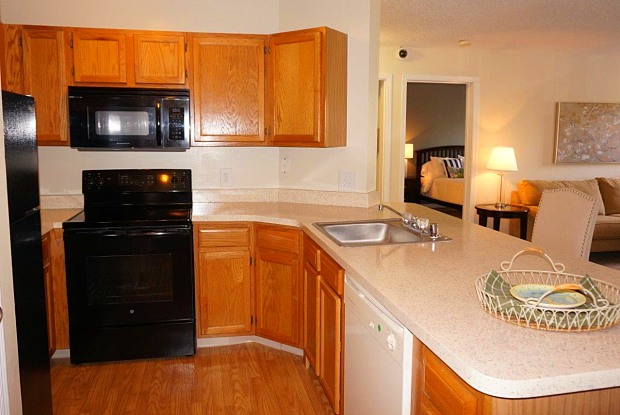 The Apartments at Diamond Ridge - 2420 Bibury Ln, Milford Mill, MD 21244