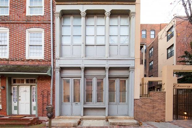 Chancery Lane - 130 Arch St, Philadelphia, PA 19106