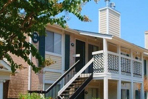 Monticello on Cranbrook - 13913 Ella Blvd, Houston, TX 77014