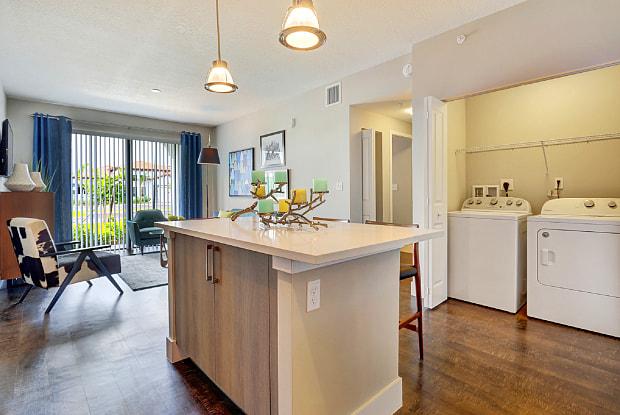 Casa Vera - 8881 SW 172nd Ave, Miami, FL 33196