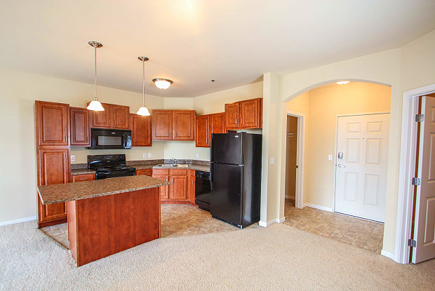 Lakeville Woods - 18351 Kenyon Ave, Lakeville, MN 55044