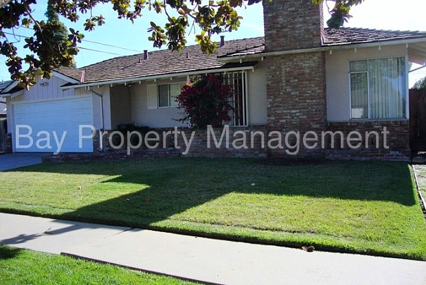 755 Carmelita Drive - 755 Carmelita Drive, Salinas, CA 93901