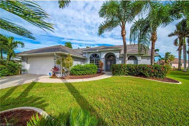 115 SW 52nd TER - 115 Southwest 52nd Terrace, Cape Coral, FL 33914