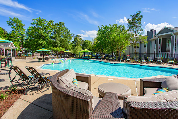 Spring House Apartments - 100 Springhouse Way, Newport News, VA 23602
