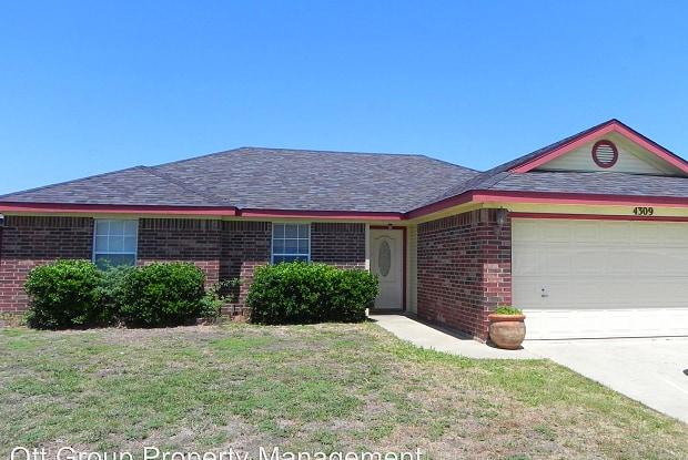 4309 Wade Dr - 4309 Wade Drive, Killeen, TX 76549