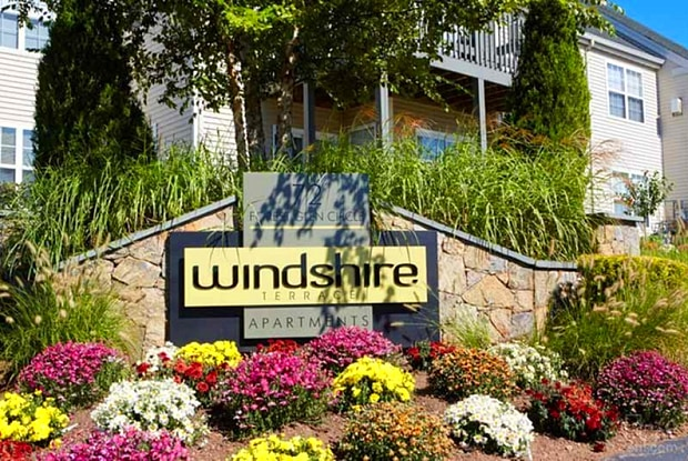Windshire Terrace - 72 Forest Glen Cir, Middletown, CT 06457