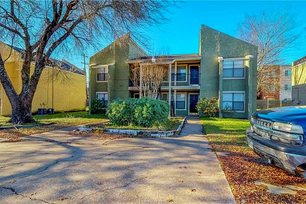 311 Manuel Drive - 311 Manuel Drive, College Station, TX 77840