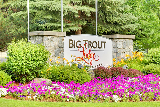 Big Trout Lodge - 22809 E Country Vista Dr, Liberty Lake, WA 99019