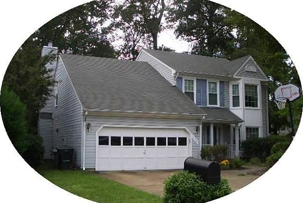 113 Dunn CIR - 113 Dunn Circle, Hampton, VA 23666