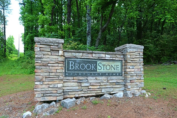 Brookstone Apartments - 4141 Pinson Valley Pkwy, Birmingham, AL 35215