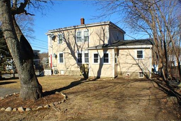 75 Hammond St - 75 Hammond Street, Bridgewater, MA 02324