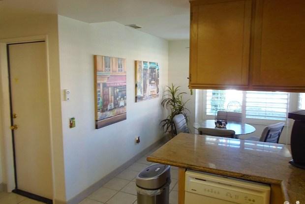 43772 Calle Las Brisas West West - 43772 W Calle Las Brisas, Palm Desert, CA 92211