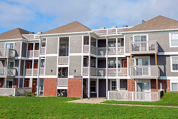Ashbrooke - 415 NE Delaware Ave, Ankeny, IA 50021