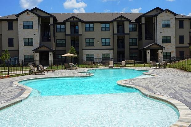 West Creek Apartments - 2211 Park Blvd, Conroe, TX 77304