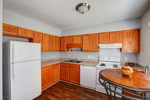 Oakview Terrace - 928 Lakecrest Ave, High Point, NC 27265