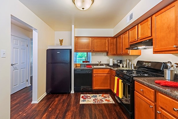 The Cascades Apartments - 100 E West Dr, Pittsburgh, PA 15229