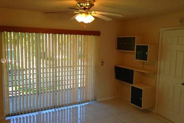 3521 Inverrary Dr - 3521 Inverrary Drive, Lauderhill, FL 33319