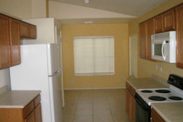 9816 E Knowles ave - 9816 East Knowles Avenue, Mesa, AZ 85209