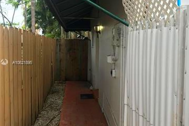 1795 SW 16th St - 1795 Southwest 16th Street, Miami, FL 33145