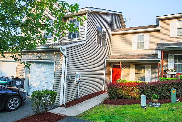 404 Mountain View Lane - 404 Mountain View Ln, Ellenville, NY 12428