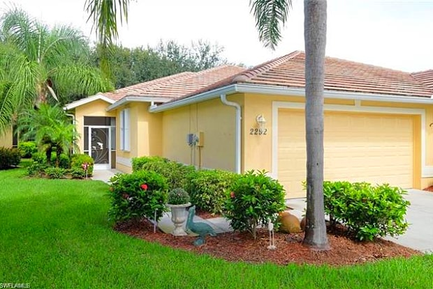 2292 Carnaby CT - 2292 Carnaby Court, Lehigh Acres, FL 33973