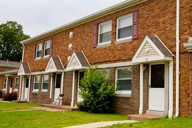 John M. Caldwell Homes - 736 Cross St, Evansville, IN 47713
