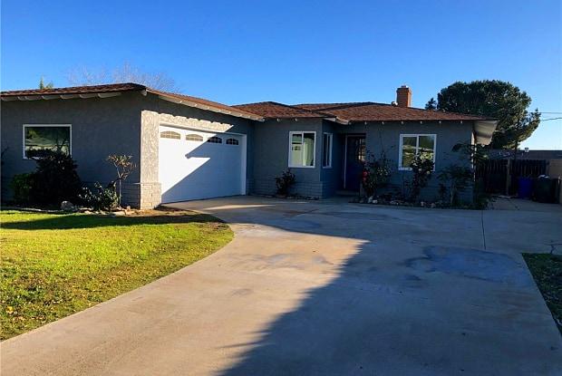 17197 Pine Avenue - 17197 Pine Avenue, Fontana, CA 92335