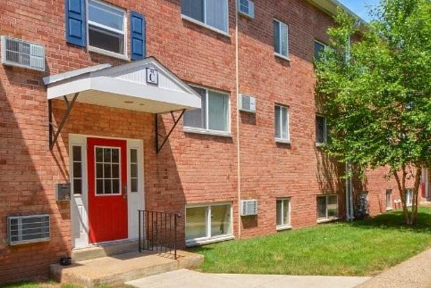 Boothwyn Court - 2820 Chichester Ave, Boothwyn, PA 19061