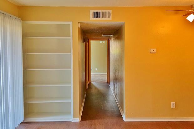 Treetop Apartments - 1933 S State Hwy 161, Grand Prairie, TX 75051