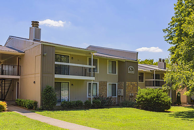 Woodbridge Apartments - 231 Bridgeway Cir, Nashville, TN 37211