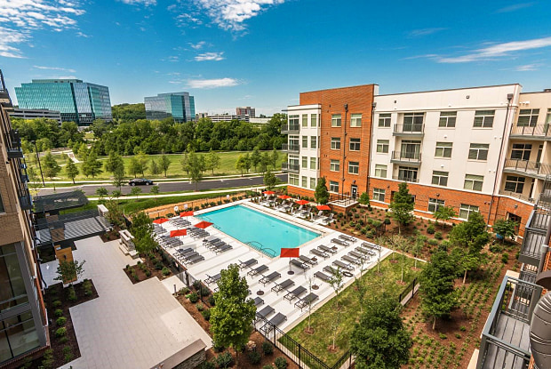 The Cameron at Franklin Park - 6300 Tower Circle, Franklin, TN 37067
