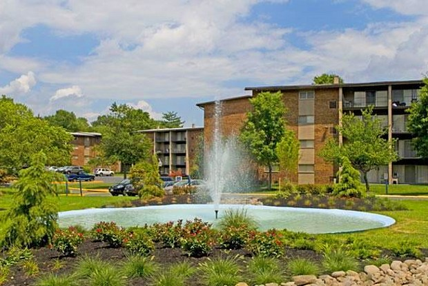Fountain Club Apartments - 7604 Fontainebleau Dr, New Carrollton, MD 20784