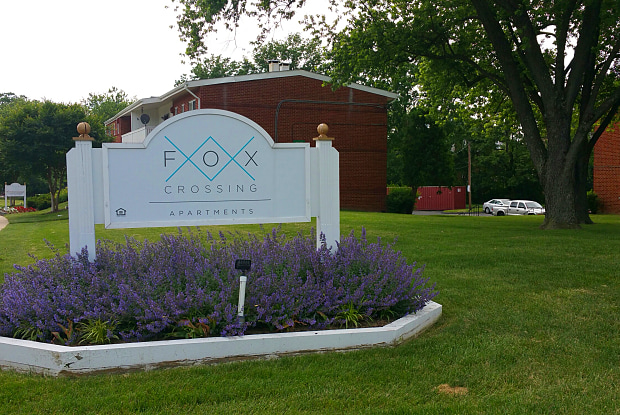 Fox Crossing Apartments - 6410 Walther Ave, Baltimore, MD 21206