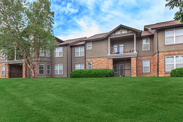 Deer Creek - 12849 Metcalf Avenue, Overland Park, KS 66213