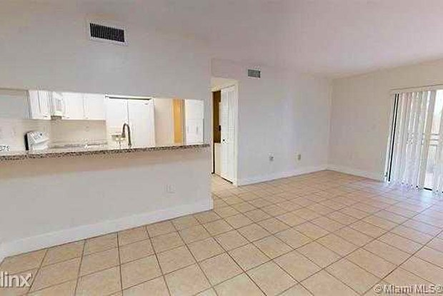 8811 SW 123rd Ct 106 - 8811 Southwest 123rd Court, The Crossings, FL 33186