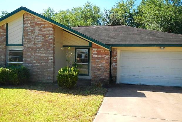 1216 Clover - 1216 Clover Drive, Angleton, TX 77515