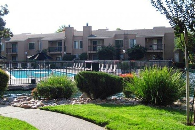 Waterfield Square - 8035 Mariners Dr, Stockton, CA 95219