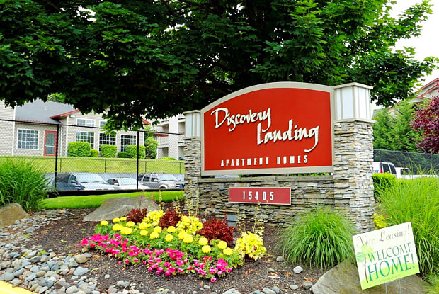 Discovery Landing - 15405 Des Moines Memorial Dr, Burien, WA 98148