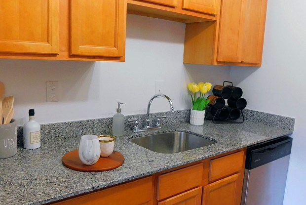 Creekside North Apartments - 200 Stone Mill Road, Lancaster, PA 17603